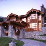 Balance Stone Timber Makes Log Home Very Imposing