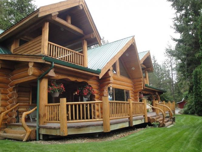 Beautiful Custom Built Log Home Central Reduced Price
