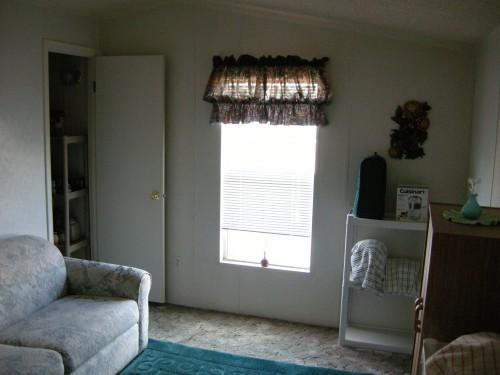 Bedrooms Bathrooms Date Available August