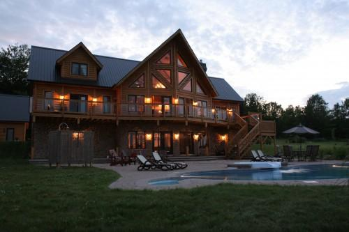 Can Timber Block Insulated Log Cabins Beautiful