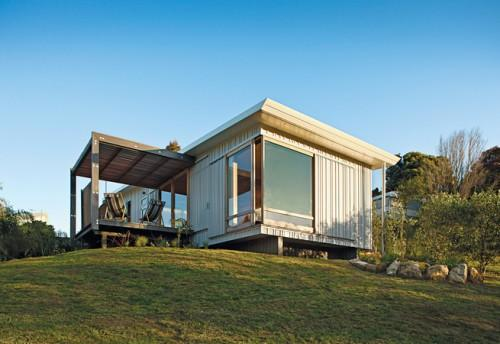 Compact Prefab Vacation Home Seaside Community Onemana