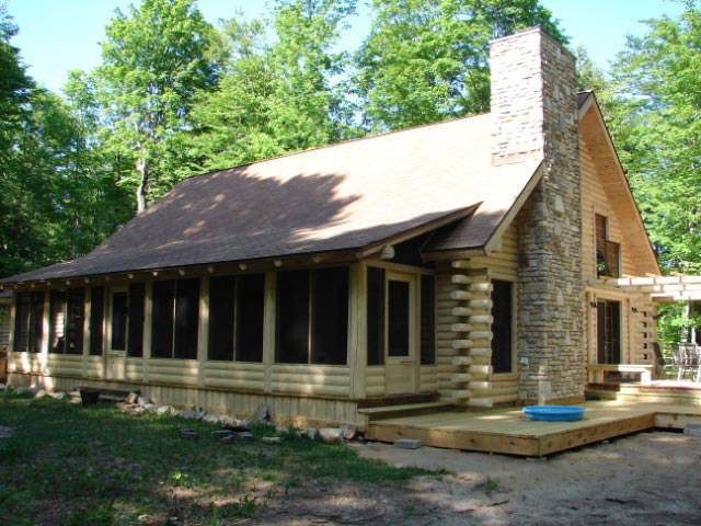 Custom Log Cabin Homes