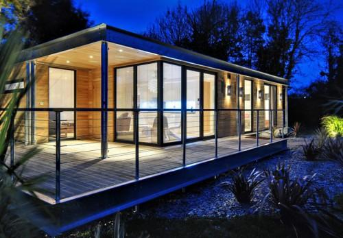 Decorate Modern Mobile Home
