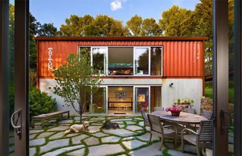 Designers Redefine Possible Shipping Container Homes