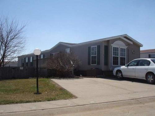 Fairmont Mobile Manufactured Home Iowa City Via Mhvillage
