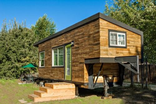 Flatbed Trailer House