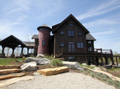 Front Million Dollar Log Home