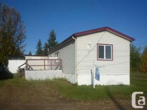 Gibbons Mobile Home Two Bedroom Plus Den Alberta