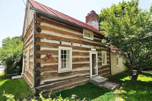 Historic Log Home Middleway West Virginia