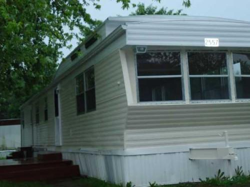 Holl Holly Park Mobile Home