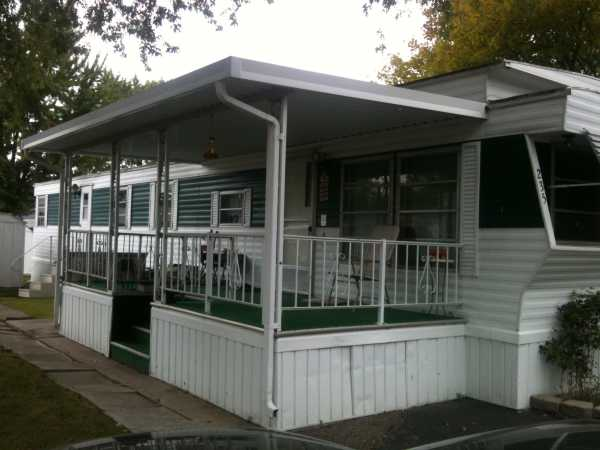 Holly Park Mobile Home