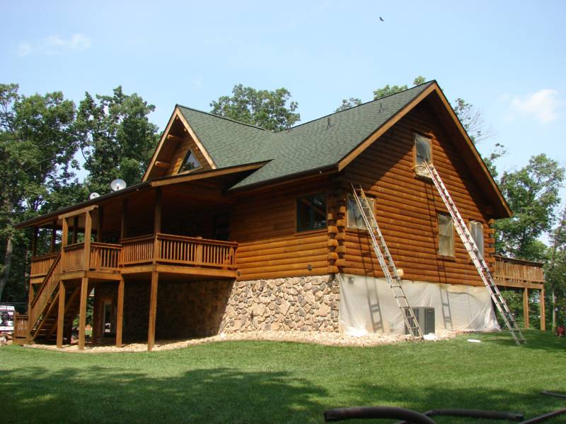 Log Home Cleaning Staining