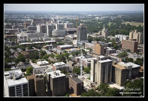 Louis Skyline Small Springfield Houses Living