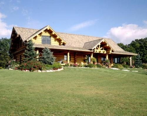 Maple Island Handcrafted Log Home Wow