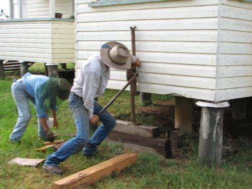 Mobile Home Service Repair Leveling Foundation