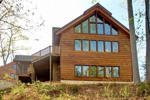 New Construction Lakefront Log Home