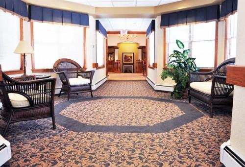 Pere Renaissance Assisted Living Sitting Area