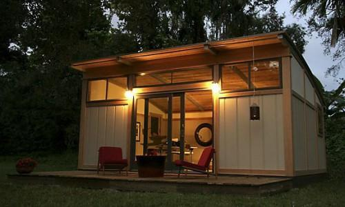 Pool House Extra Room Place Store Your Visiting Relatives