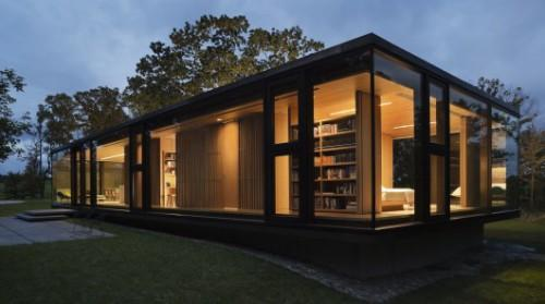 Prefabricated Guest House Facade Built Two Days