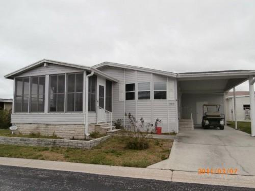 Relaxing Front Porch Jacobsen Mobile Manufactured Home