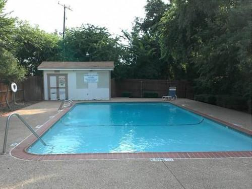 Rolling Hills Dallas Texas Mobile Homes Rent Sale Pool