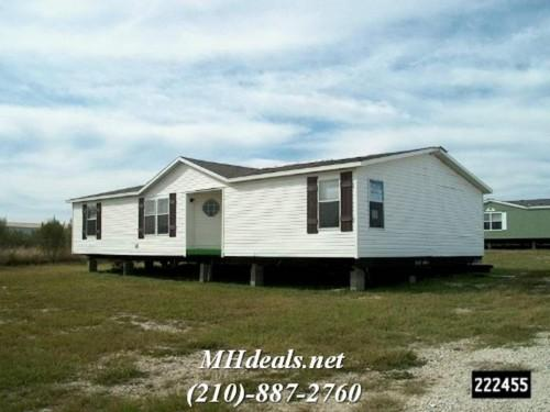 Used Doublewide Vinyl Sided Manufactured Home