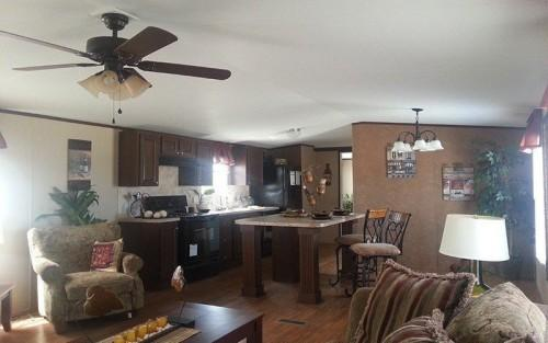 Value Mobile Home Living Room Dining Area
