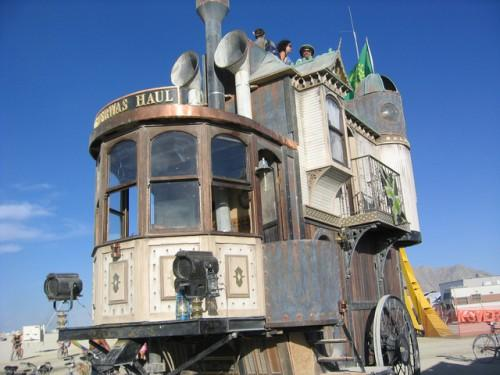 Victorian House Wheels Brings New Meaning Mobile Home