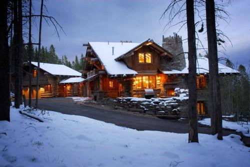 Yellowstone Log Homes Renowned Their Warm Elegant Interiors